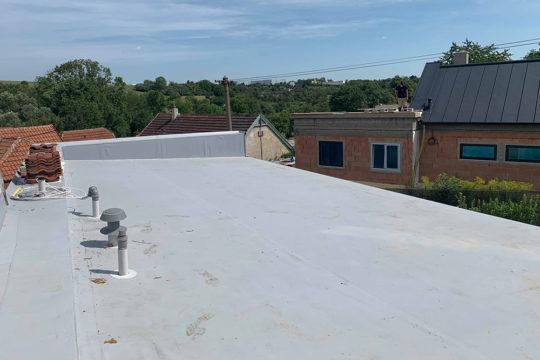 izolace-ploche-strechy-praha